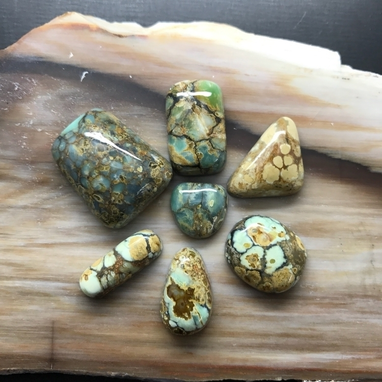 Dwarfs!! material mineral marve - stonephase   ello