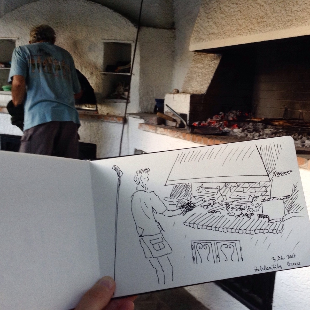 Reporting live cooking scene  - sketching - anna_bki | ello