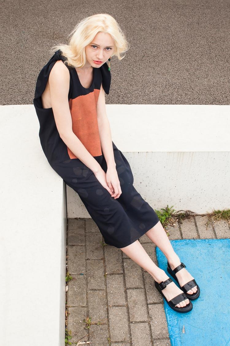 Ebby Port - Bow Dress Acreati.c - acreati   ello