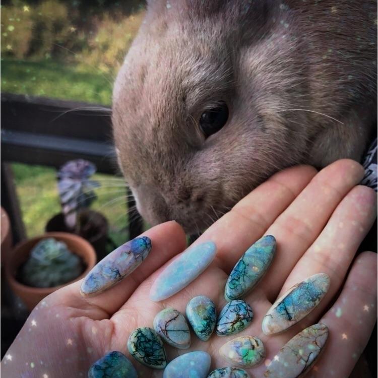 Oliver Opals:rabbit2::green_hea - auraluna | ello