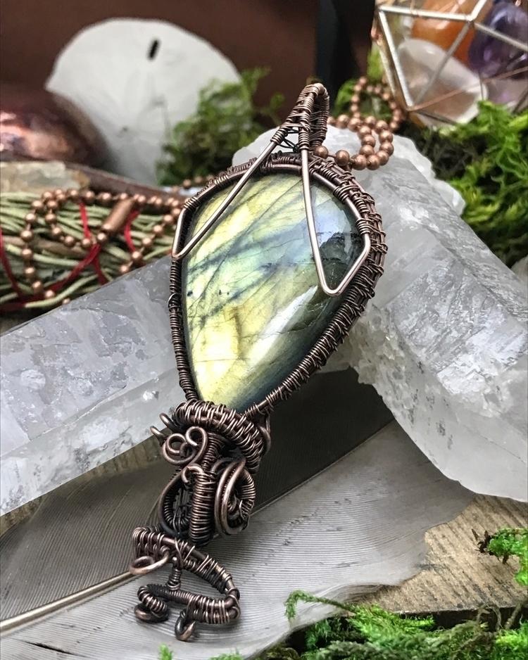 Flashy Labradorite pendants fav - twistedleafstudio | ello