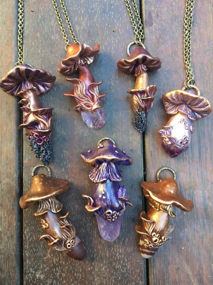 shroomies making paint loving - mushrooms#shrooms#pendants#claypendant#mushiependant#crystals#magic#wearableart#goodvibes#loveandlight - mullum_moonflower | ello