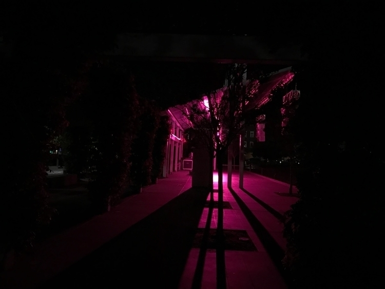 installation - glow_ing | ello