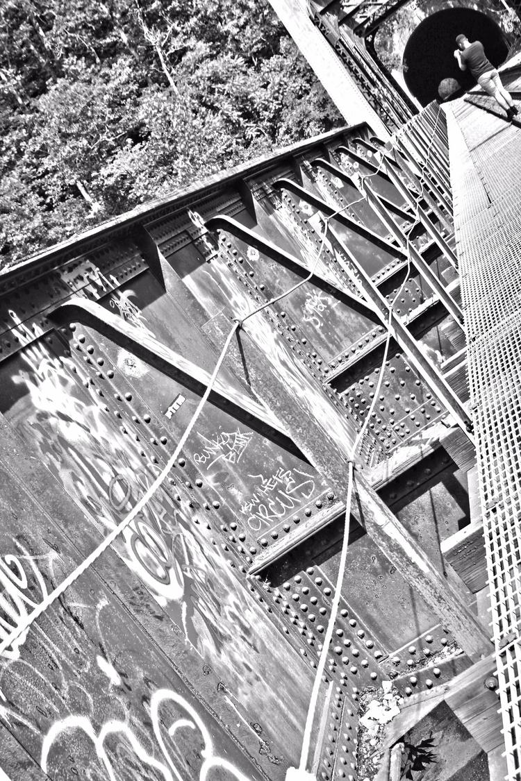 Bridge Bottoms Photographer: Ti - tmphotographybaltimoree | ello