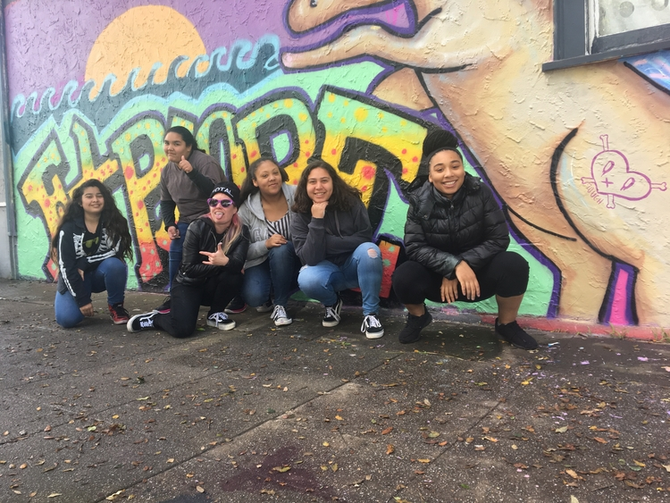GRAFFITI CAMP GIRLS WWW.GRAFFIT - girlmobb | ello