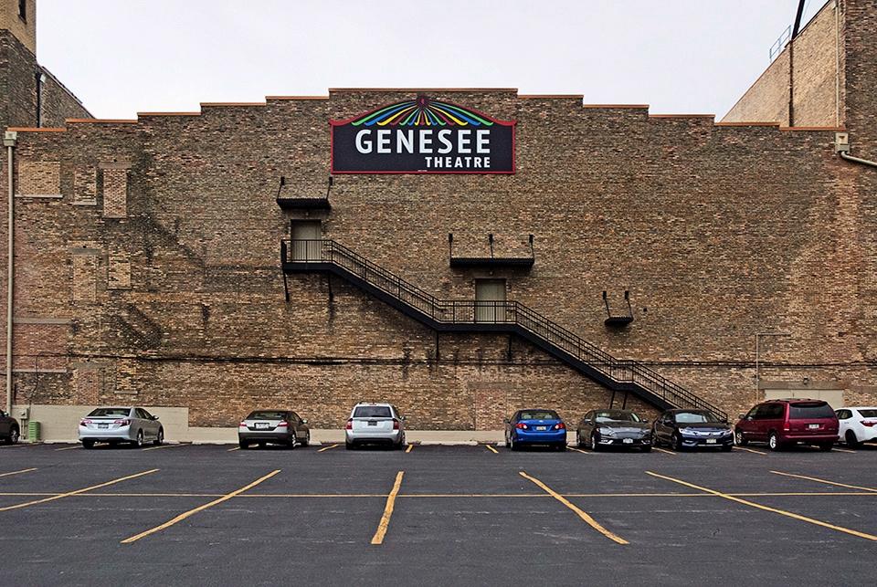 203 North Genesee, Waukegan, IL - photostatguy | ello