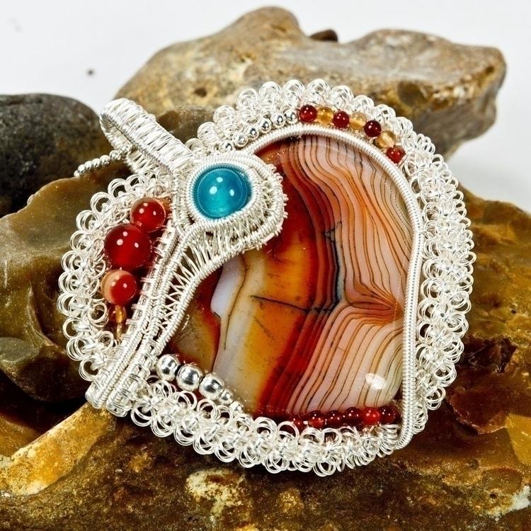 Scarlet Heart statement necklac - owlsnestdesignstudio | ello