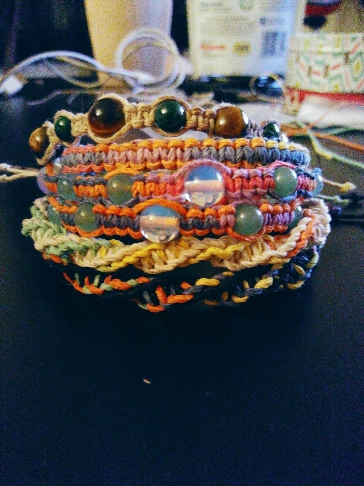 working lot rainbow bracelets P - craftywitch | ello