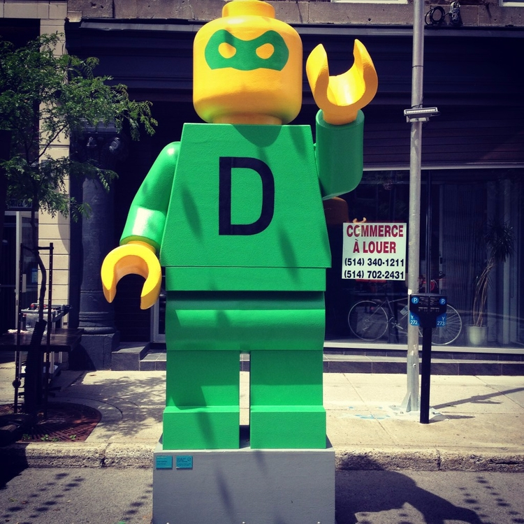 Lego - streetart, street, streetphotography - philippefabry | ello