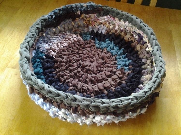 SOLD...Cat Bed Basket Handmade  - maryherrigfiberarts | ello