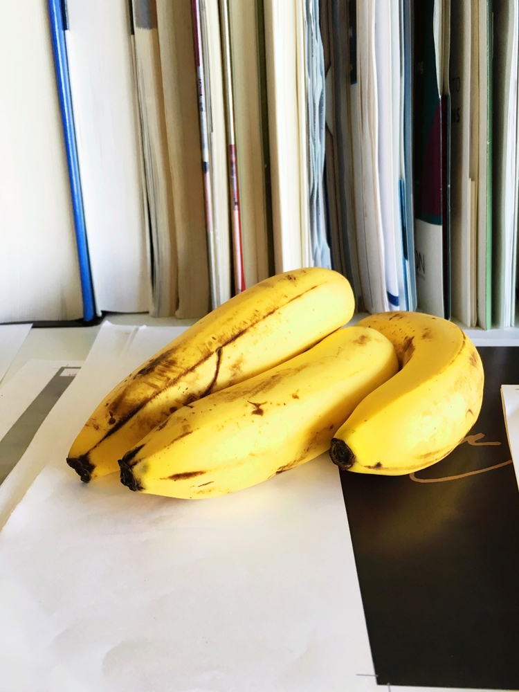 bananas - jkalamarz | ello