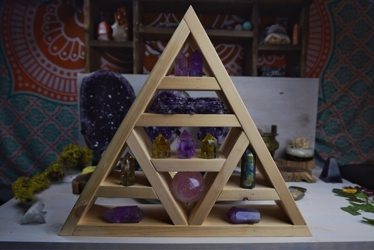 auctions - Metaphysical, heartchakra - theeancients | ello