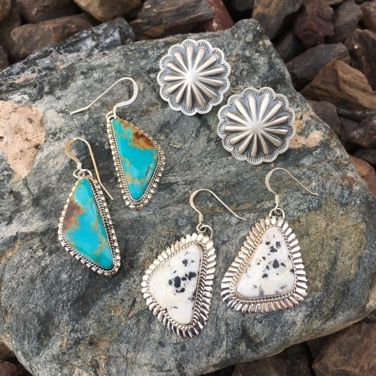 Loving earrings!!  - SunfaceTraders - sunfacetraders | ello