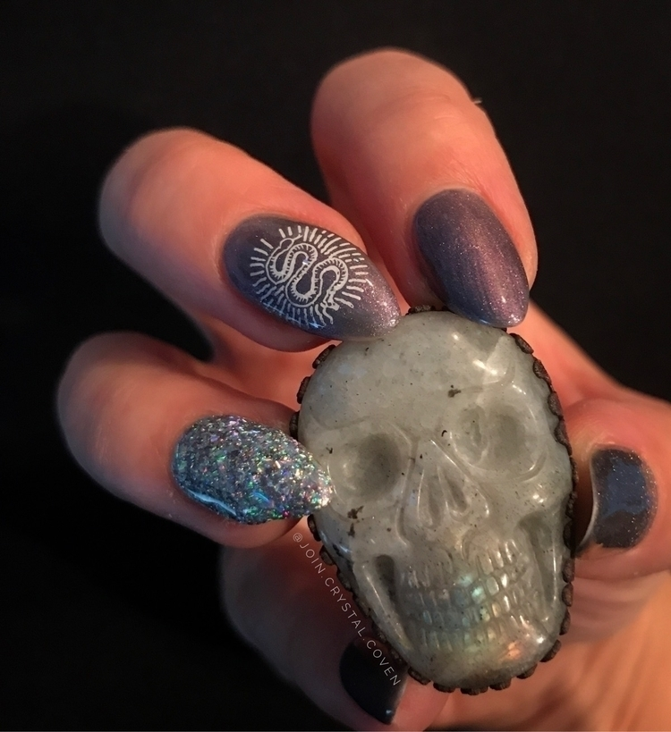 Electroformed baddie special or - join_crystal_coven | ello