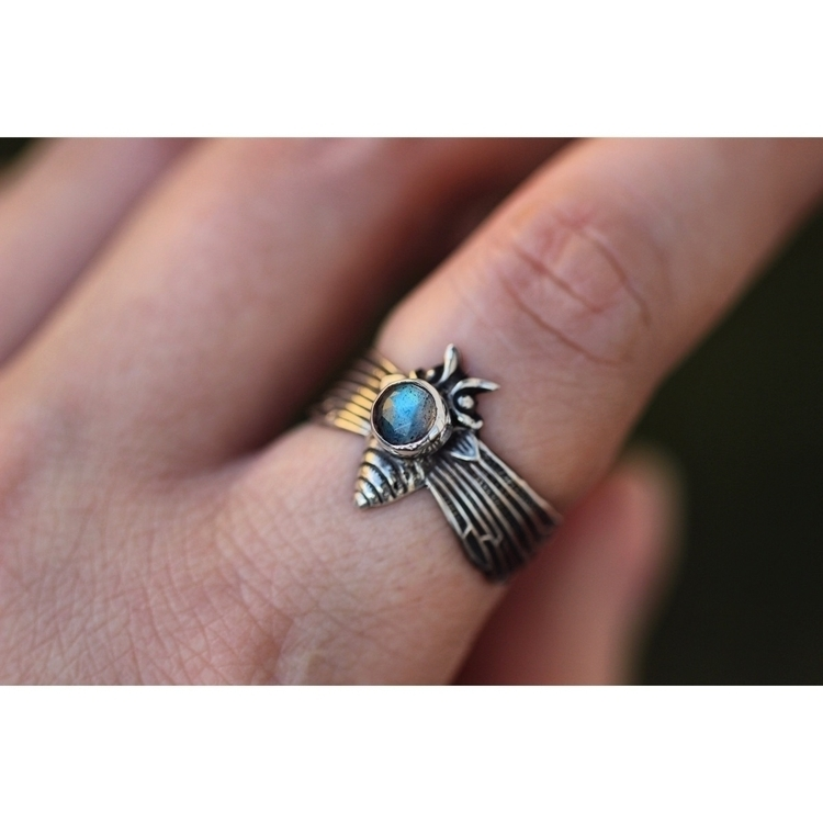 Obsessed rose cut labradorite c - arrowsandstone | ello