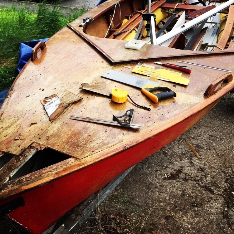 boat restoring moment. Enterpri - grahamguy | ello