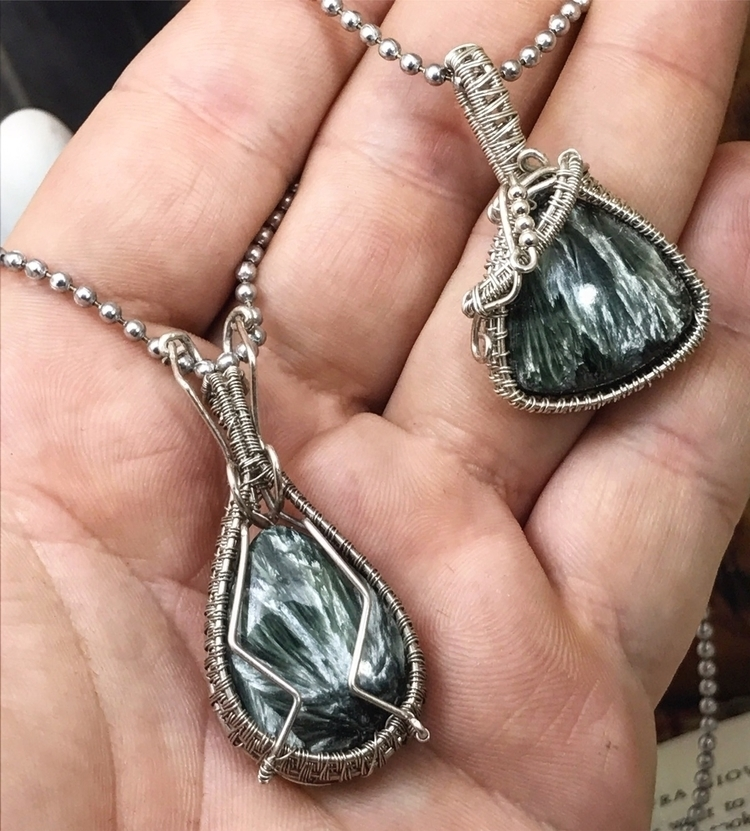 Seraphinite Pendants- choice pe - twistedleafstudio | ello
