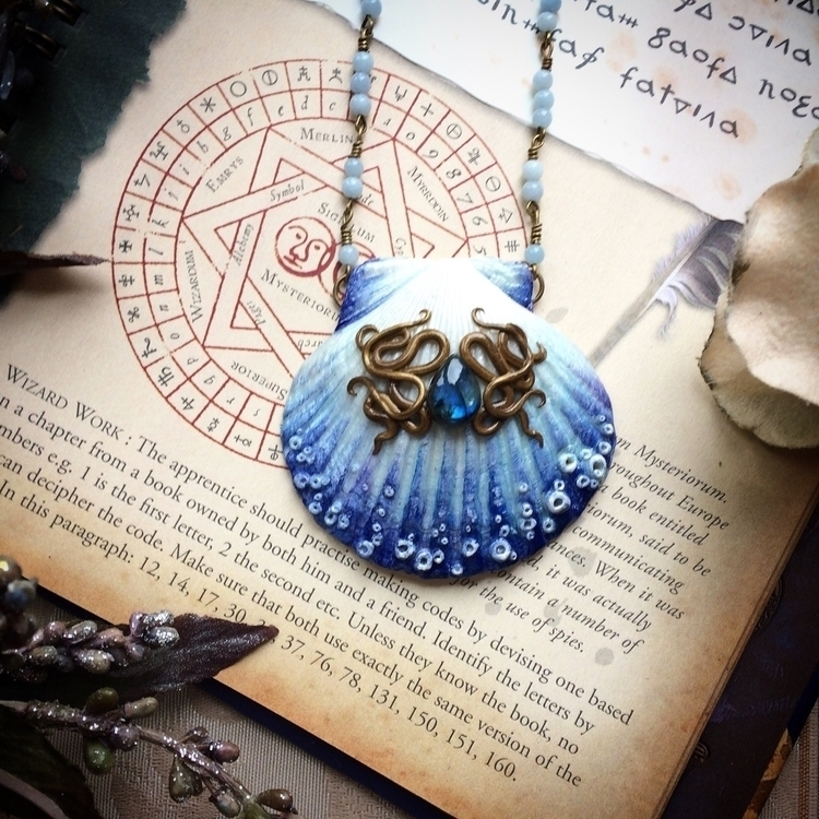 Pretty blue shell necklace :blu - amilliadesigns | ello