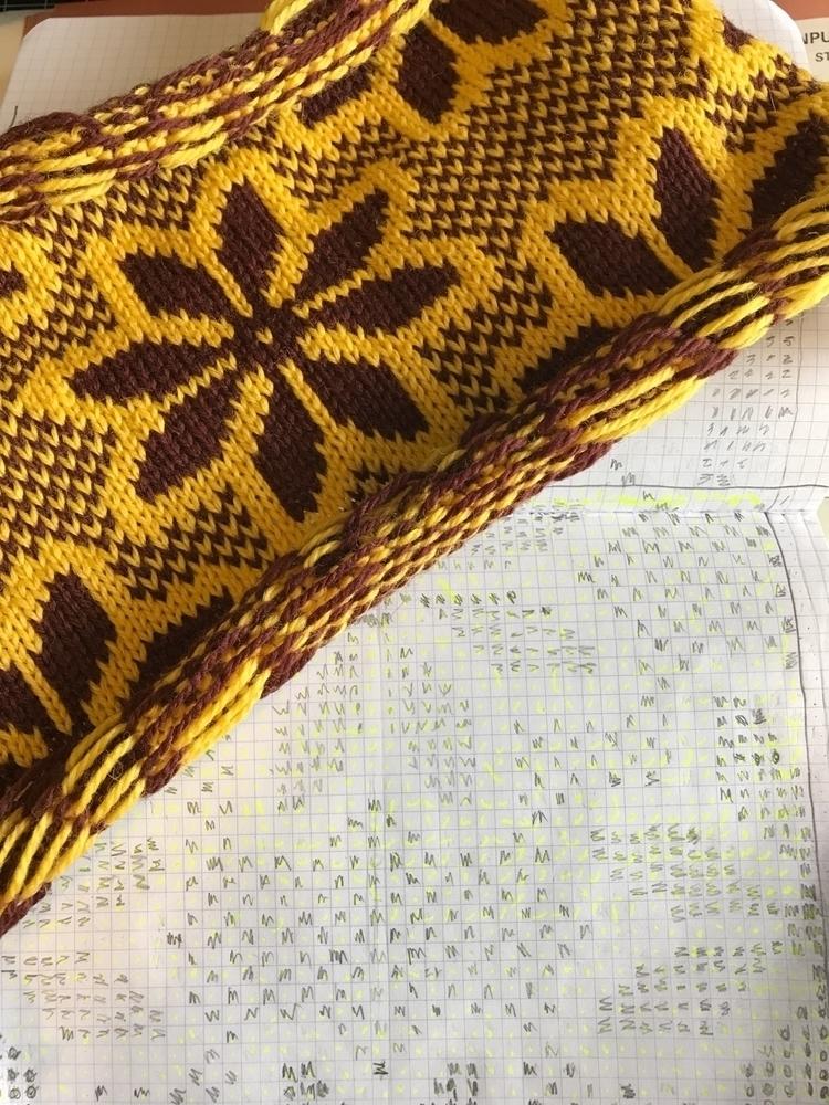 Working fresh patterns /// time - ravelandunravel   ello