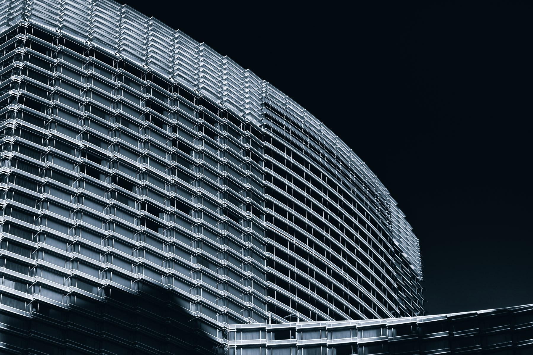 Glass Monolith windowed facade  - mattgharvey | ello