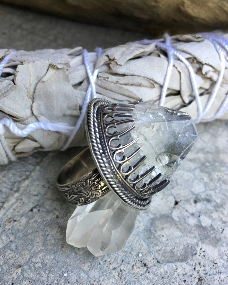 Priestess Ring Shop. Apophyllit - willowmetals | ello