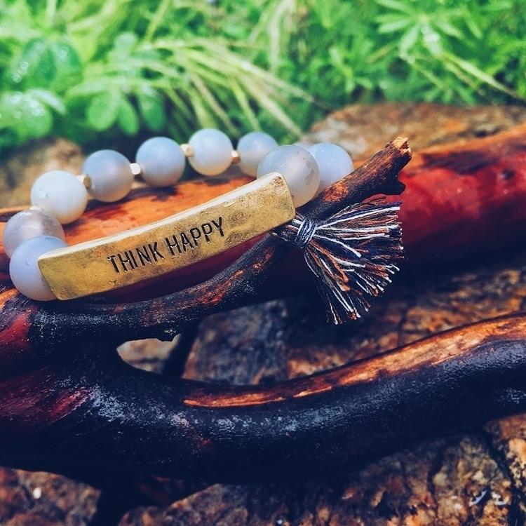 Love tassel beaded bracelets!  - emilyway | ello