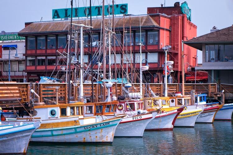 Rainbow Boats fleet multicolore - mattgharvey | ello