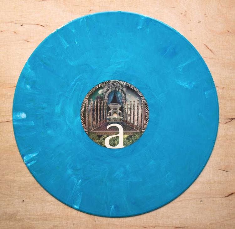 latest Vinyl Williams lovely bl - 12inch | ello