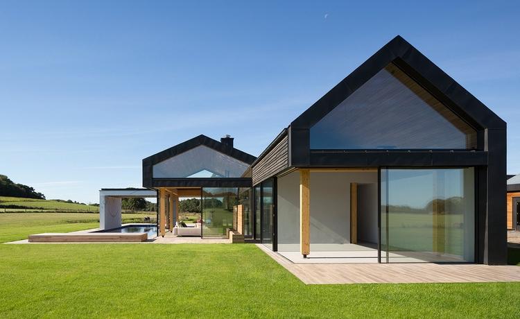 black zinc local barn cladding  - elloarchitecture | ello