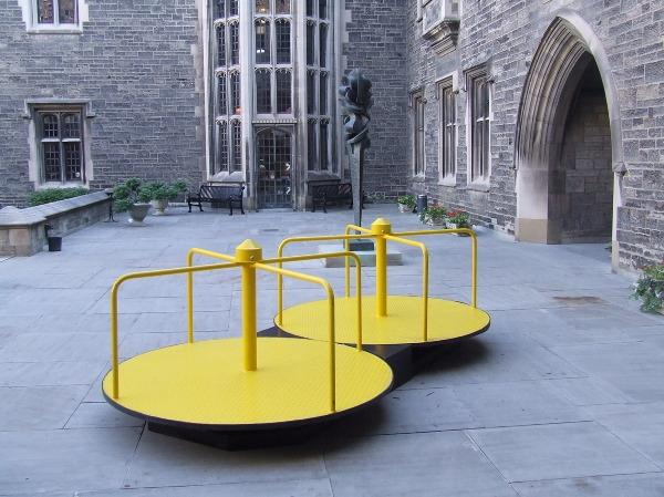Maturity Spin outdoor sculpture - nathaliequagliotto | ello