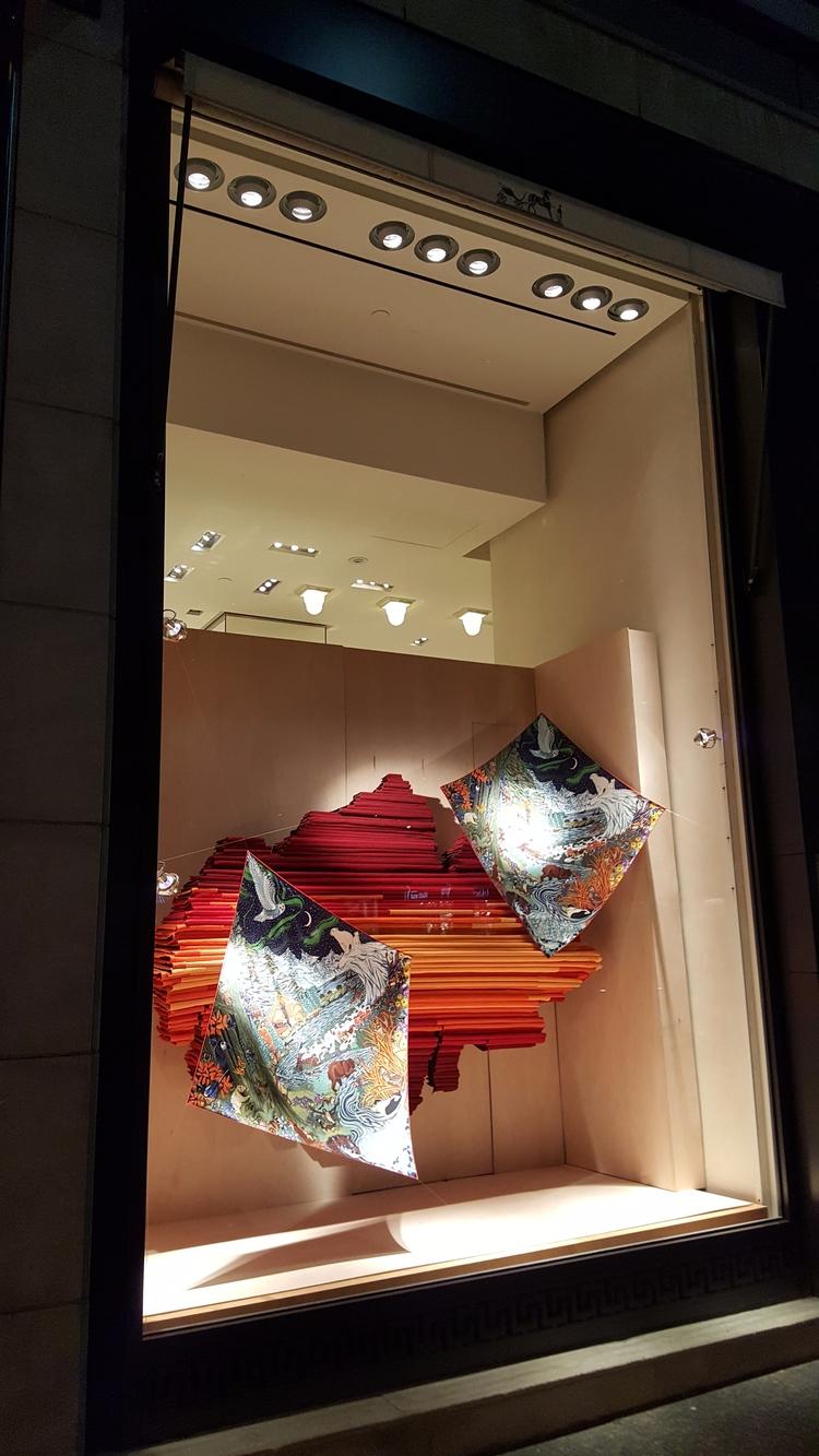 Hermès window display Bloor str - koutayba | ello