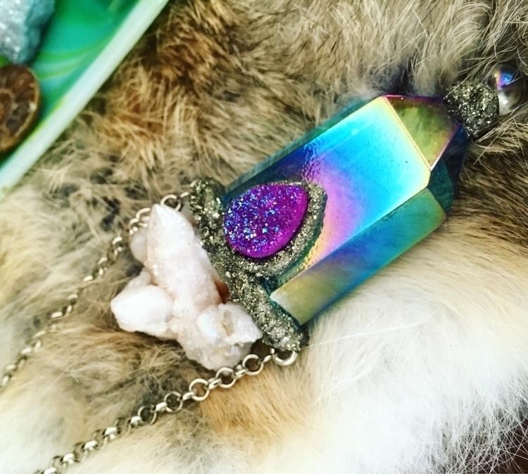 Rainbow blue aura quartz neckla - mermaidtearshawaii | ello