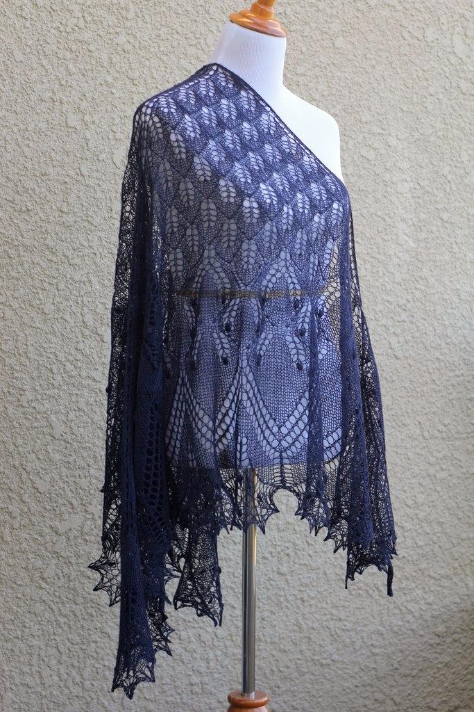 hand 70% Wool, 30% blend dark n - kgthreads   ello