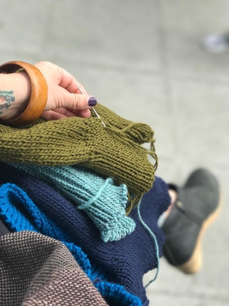 /// work - handmade, knitting, knitwear - ravelandunravel | ello