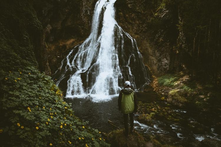 explore sounds easy - adventure - lavisuals | ello