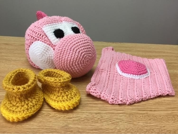 Crochet baby yoshi beanie, diap - ruthycrochets   ello