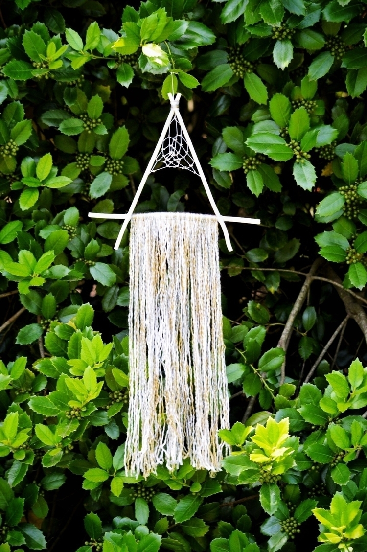 LISTING large fragrant triangul - thewoodsywitchh | ello