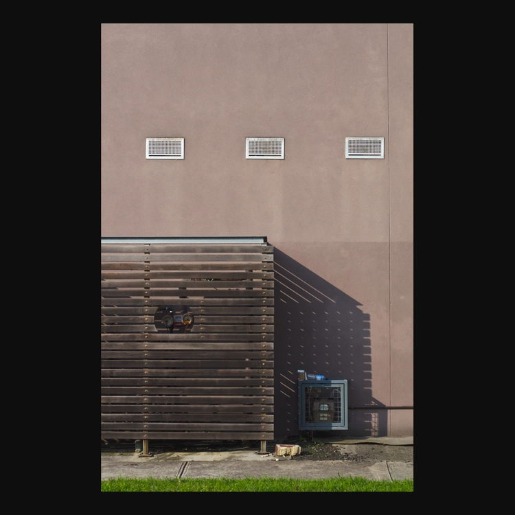 suburbs (14/05/17 - 104′, photography - matthewschiavello | ello