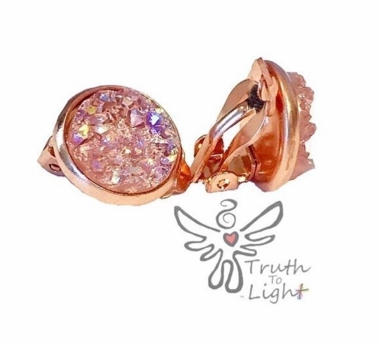 :heartpulse::rose:Rose Gold Lig - truth_to_light | ello