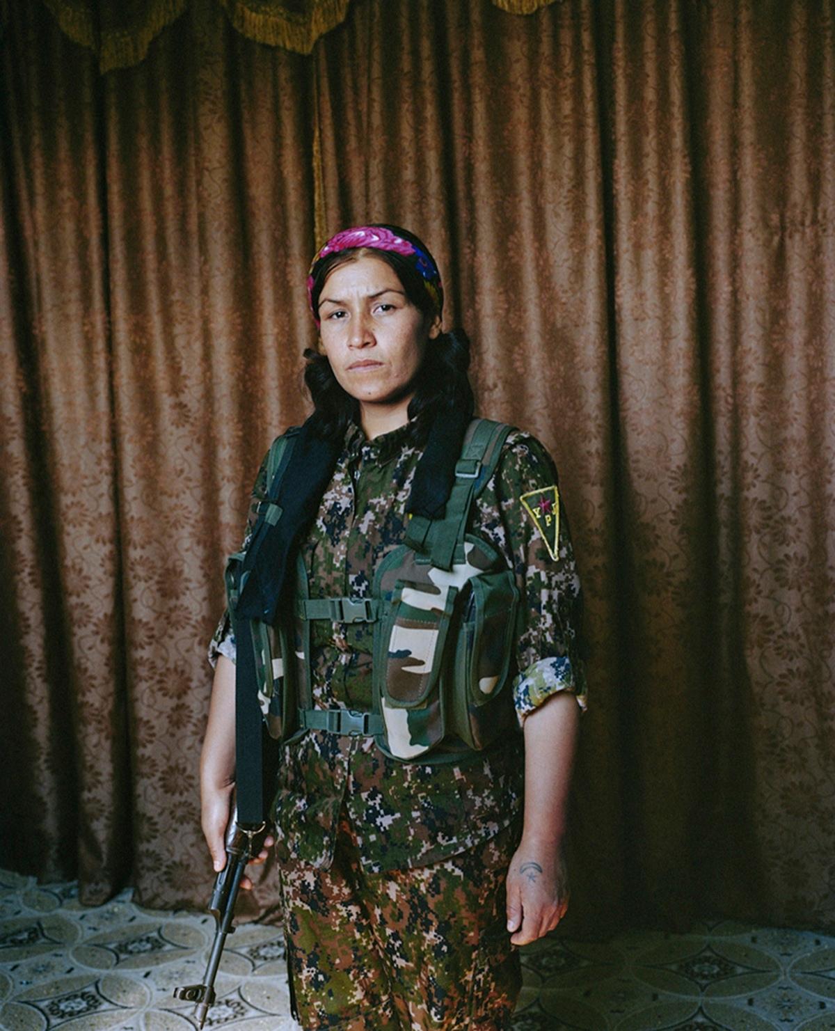 free women Sonja Hamad - bintphotobooks | ello