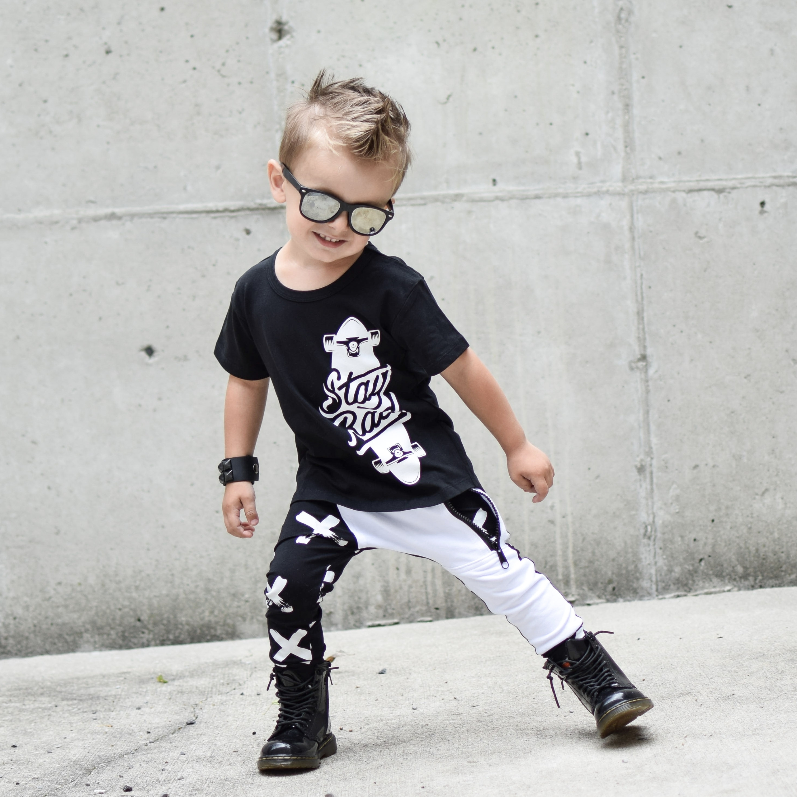 • cooler Totally love outfit! S - masonrydercollective | ello