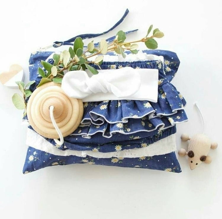 Daisy ruffle bloomers - rubyowl_babywear | ello