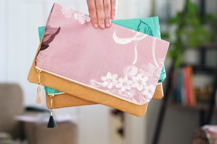 Gorgeous kind silk clutches Pin - littlemisslorraine | ello
