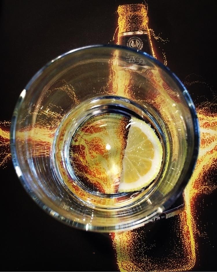 lonely drink - mimiwonka | ello