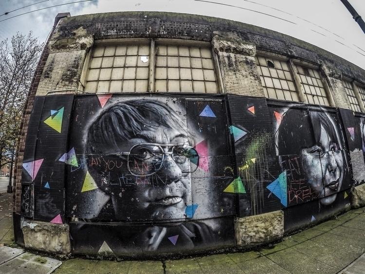 Mural portrait painting downtow - hosseinkaveh   ello