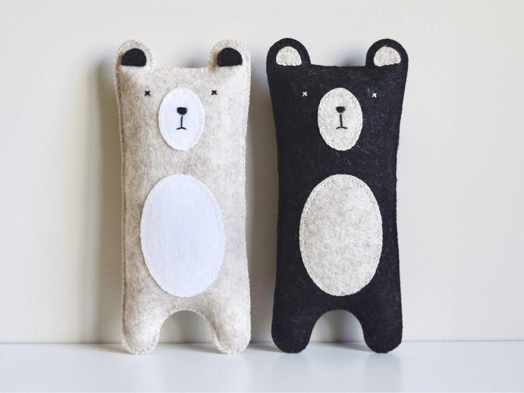 Grumpy bears! black bear online - petithabitat | ello