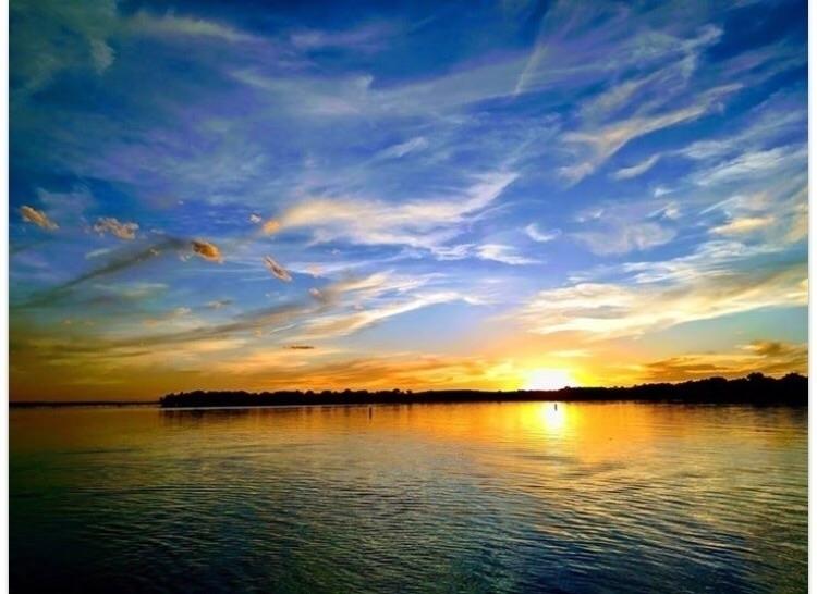 Lake McConaughy Img:Jessica Mil - bitfactory | ello
