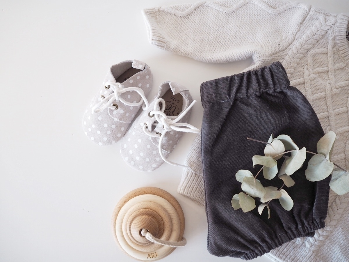 neutral colours, favourite  - flatlay - ariedison | ello