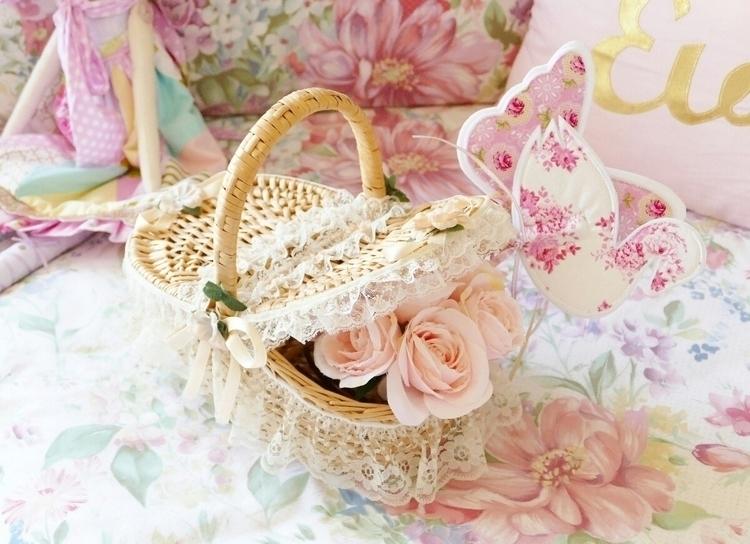 Basket Goodies - mystyleddream | ello