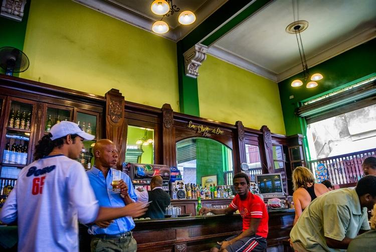 lunch break social life - Habana - christofkessemeier | ello